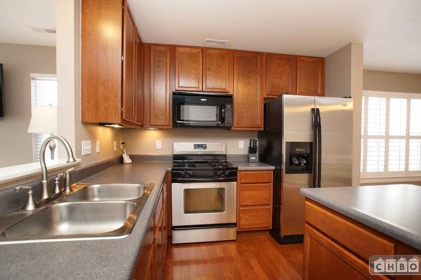 image 3 furnished 3 bedroom Townhouse for rent in Ofallon, St Louis Area
