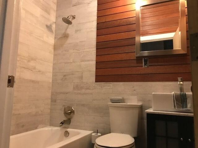 Fully renovated main bathroom