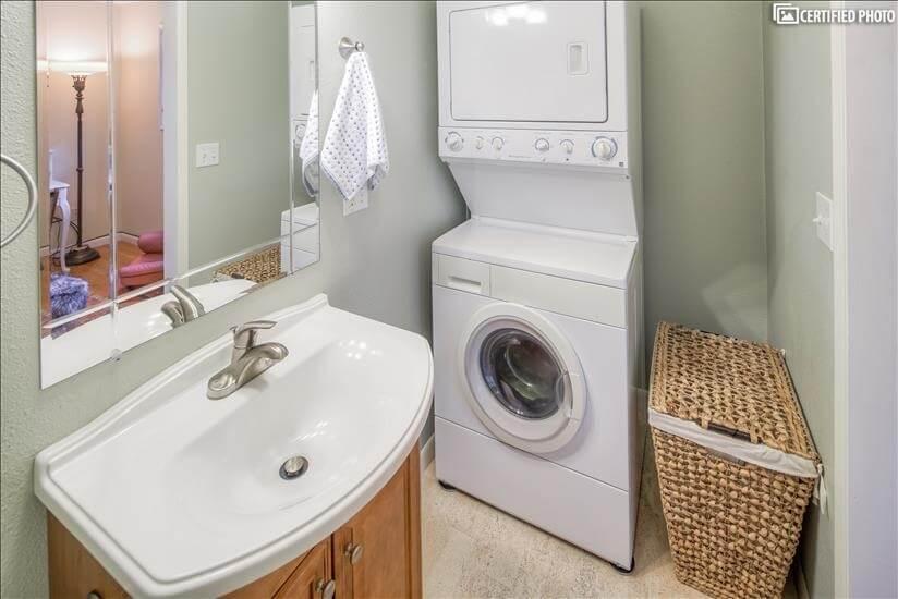 image 16 furnished 3 bedroom House for rent in Portland Southwest, Portland Area