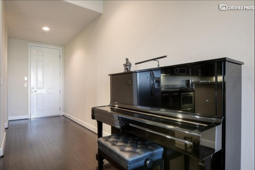 image 12 furnished 3 bedroom Townhouse for rent in North Hollywood, San Fernando Valley