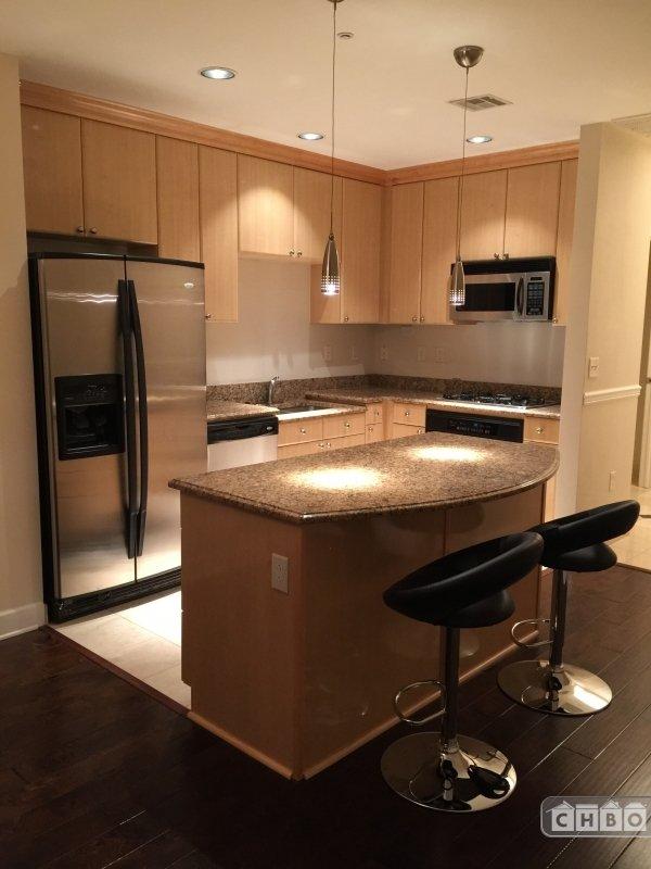 image 4 furnished 1 bedroom Townhouse for rent in Lincoln Park, Denver Central