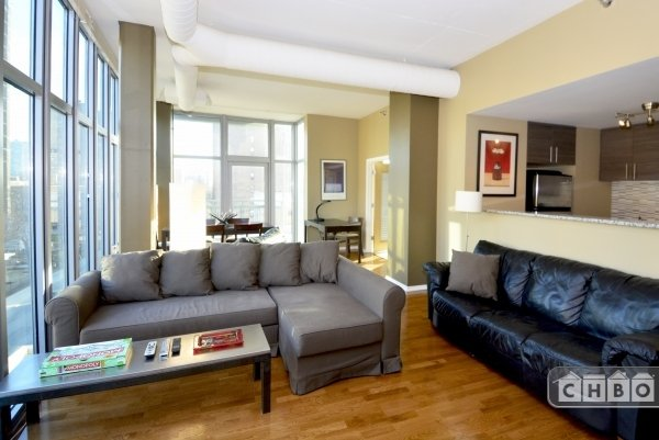 image 2 furnished 2 bedroom Townhouse for rent in Uptown, North Side