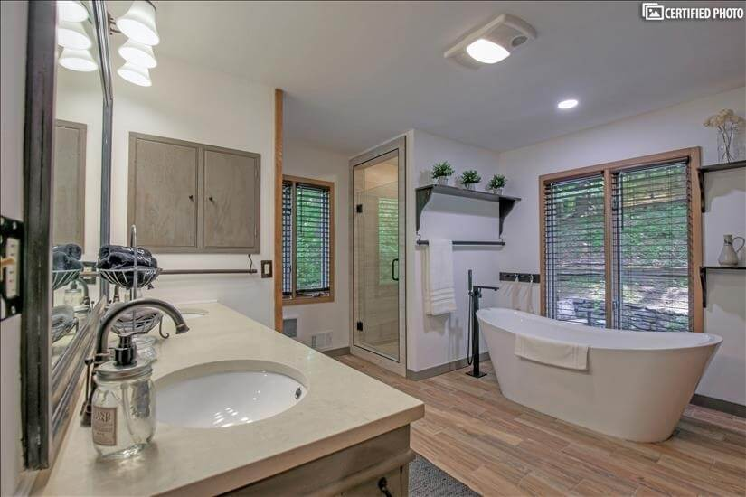 A Master bathroom fit for a King or Queen.