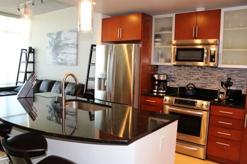 The Spire Condominium corporate housing renta
