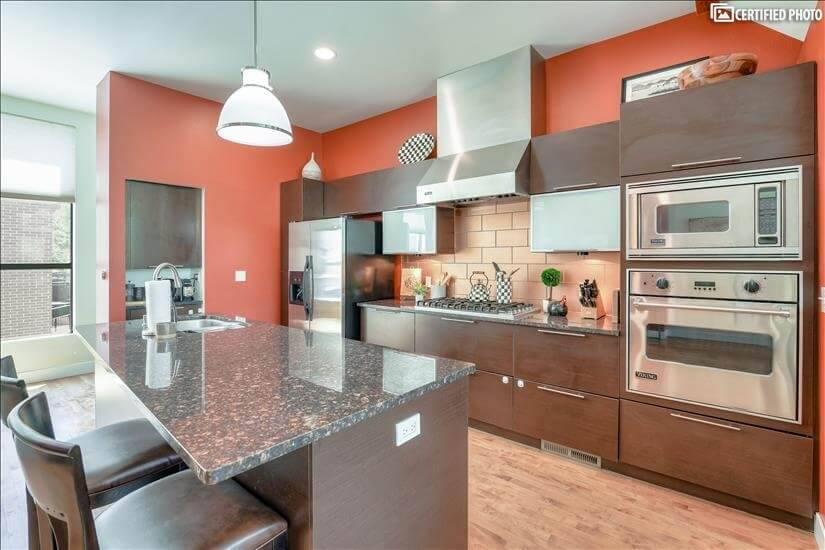Fully Equipped Gourmet Kitchen with Viking Appliances