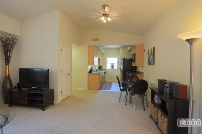 image 3 furnished 1 bedroom Townhouse for rent in Walnut Creek, Contra Costa County