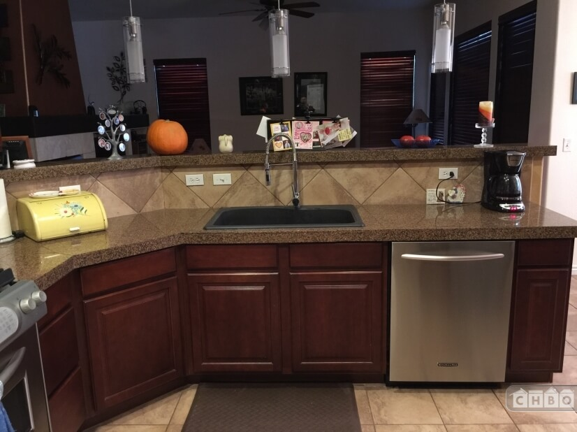 image 2 furnished 3 bedroom House for rent in Commerce City, Adams County