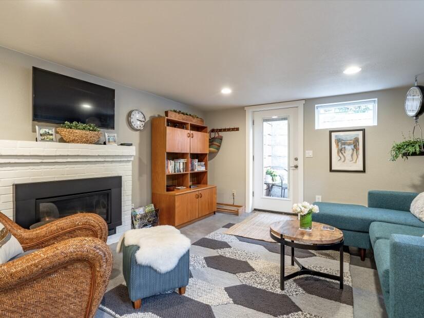 image 3 furnished 1 bedroom Apartment for rent in Portland Southwest, Portland Area