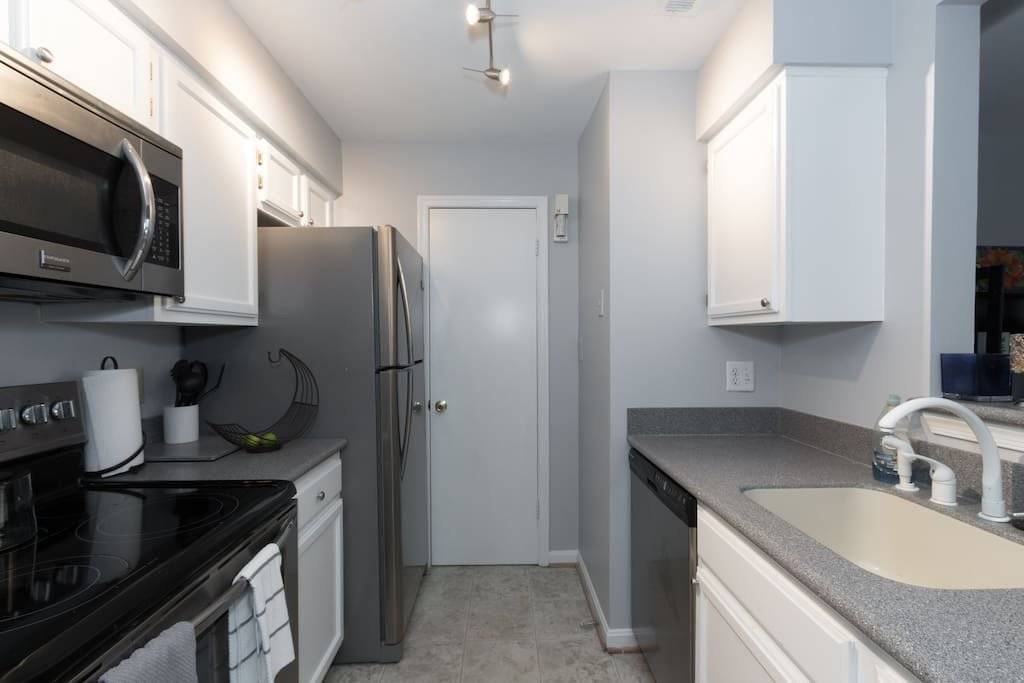 image 5 furnished Studio bedroom Townhouse for rent in Alexandria, DC Metro