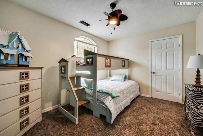 Bedroom set up as dream children's room wit