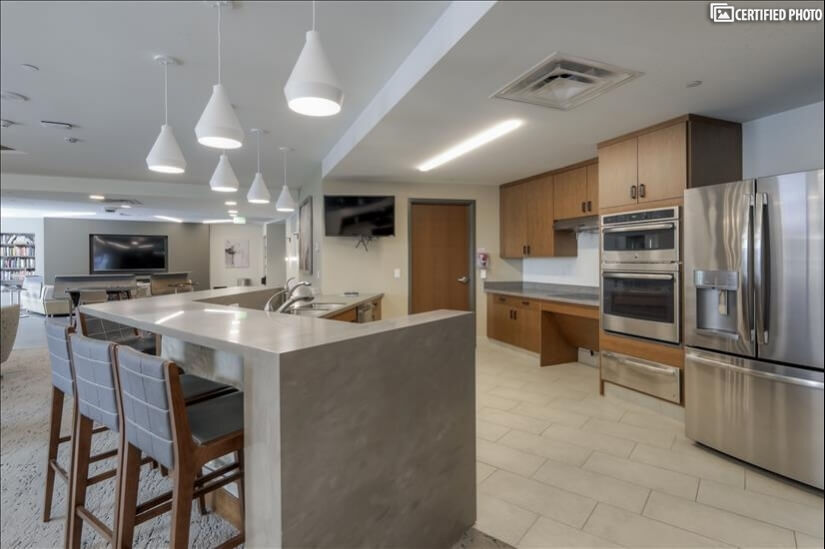 Community room with full kitchen