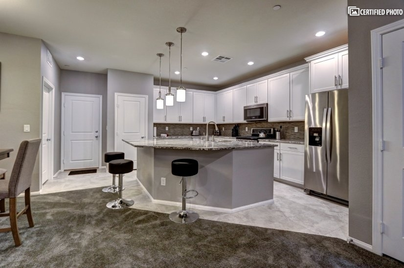 image 7 furnished 3 bedroom Townhouse for rent in Henderson, Las Vegas Area