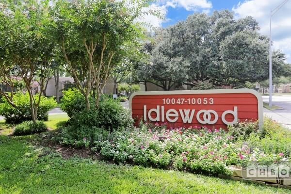 Idlewood Condominiums 10049 Westpark Dr., Houston, Tx.