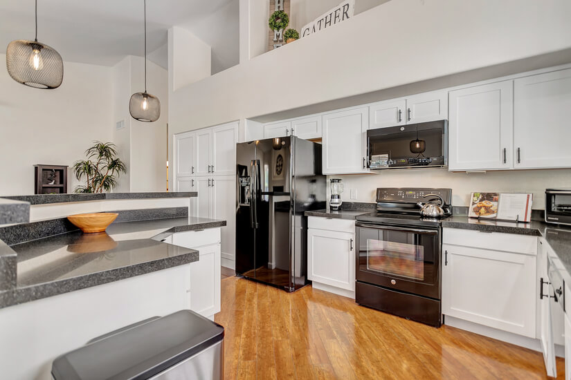 New Kitchen, Granite Counters