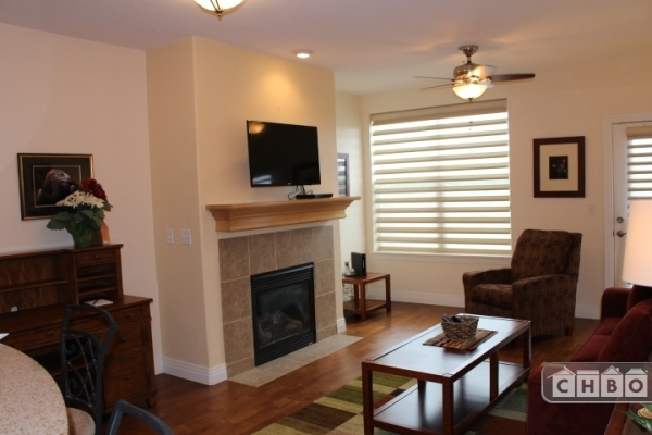 image 3 furnished 1 bedroom Townhouse for rent in Centennial, Arapahoe County