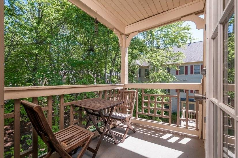 image 10 furnished 2 bedroom Townhouse for rent in Sandy Springs, Fulton County