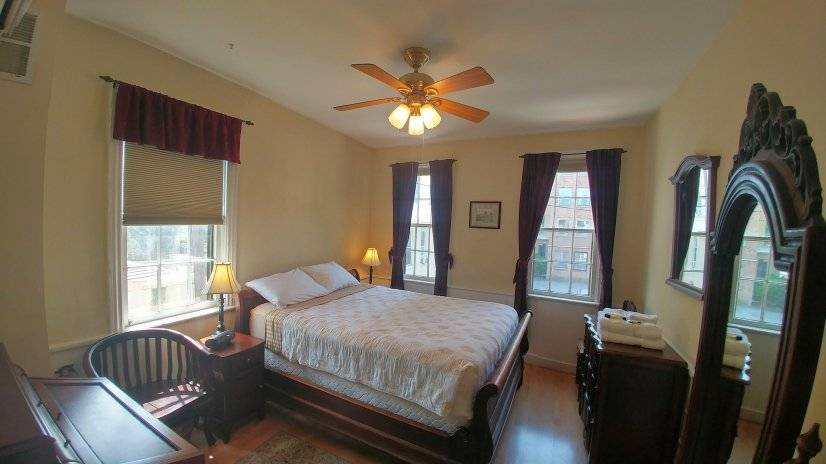 image 8 furnished 1 bedroom Townhouse for rent in Capitol Hill, DC Metro