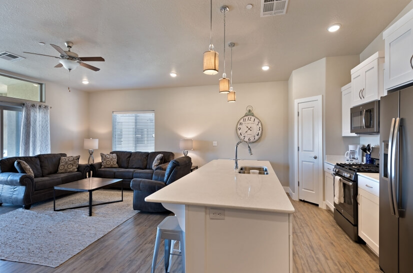 image 8 furnished 3 bedroom Townhouse for rent in St. George, Washington (St. George)