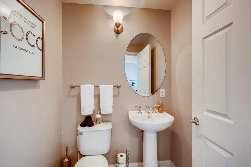 image 9 furnished Studio bedroom Townhouse for rent in Las Vegas, Las Vegas Area