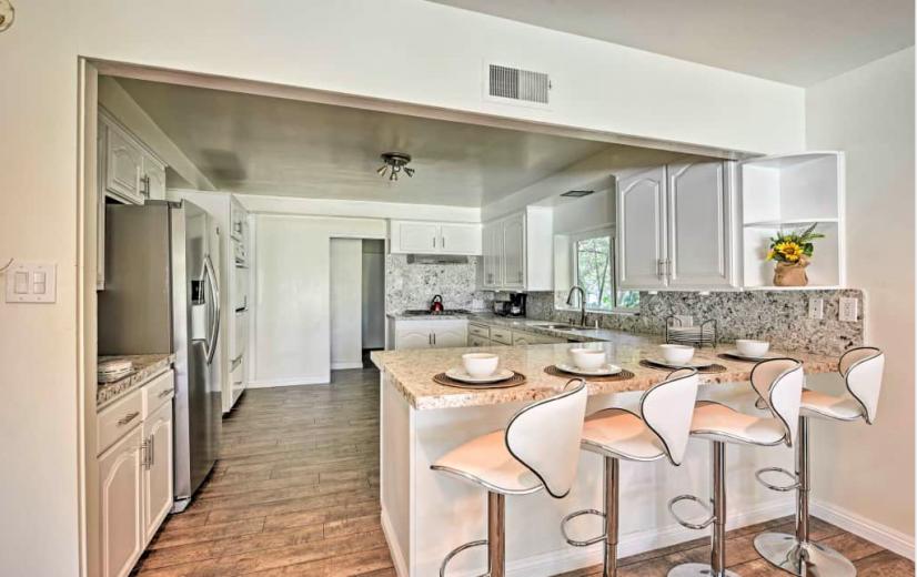image 8 furnished 3 bedroom House for rent in Sherman Oaks, San Fernando Valley