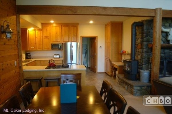 image 5 furnished 3 bedroom House for rent in Mt. Baker, Cascade Mountains