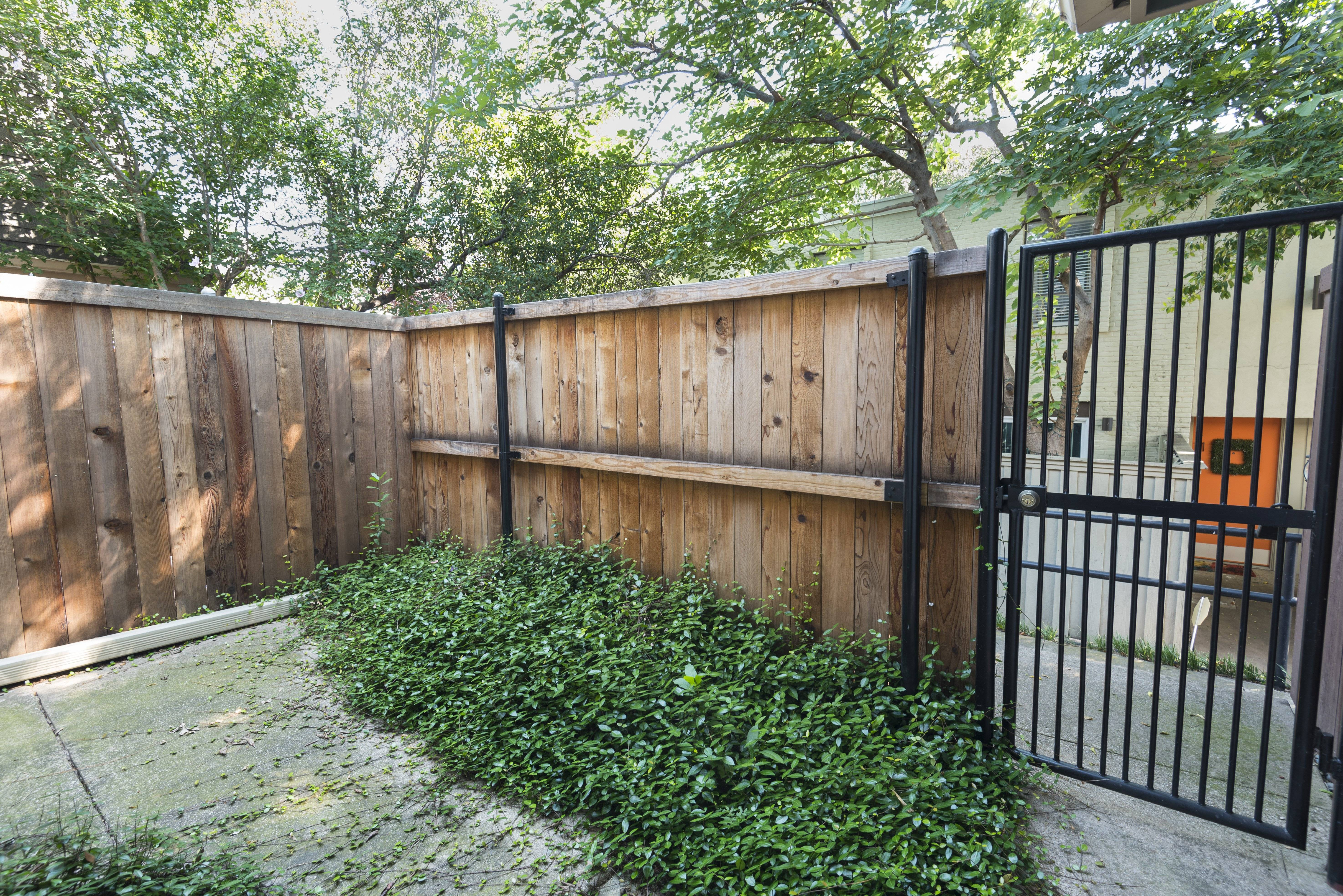 image 14 furnished 1 bedroom Townhouse for rent in Oak Lawn, Dallas