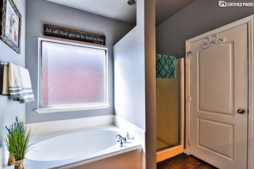 Master tub and separate walkin in shower