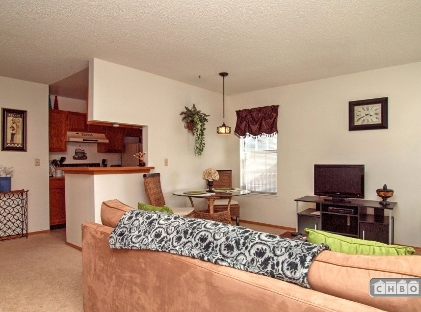image 2 furnished 1 bedroom Townhouse for rent in Norwood, Colorado Springs