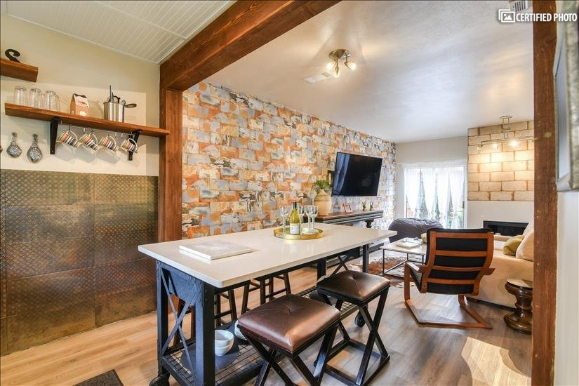 image 9 furnished 2 bedroom Townhouse for rent in Oak Lawn, Dallas