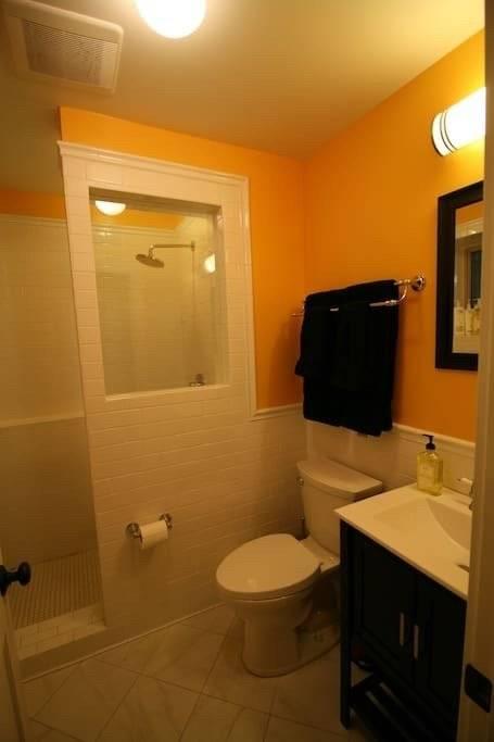 image 9 furnished 2 bedroom Apartment for rent in Jefferson Park, Northwest Side