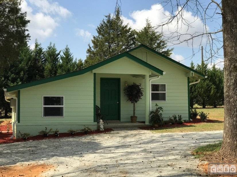 image 2 furnished 2 bedroom Hotel or B&B for rent in Locust Grove, Henry County
