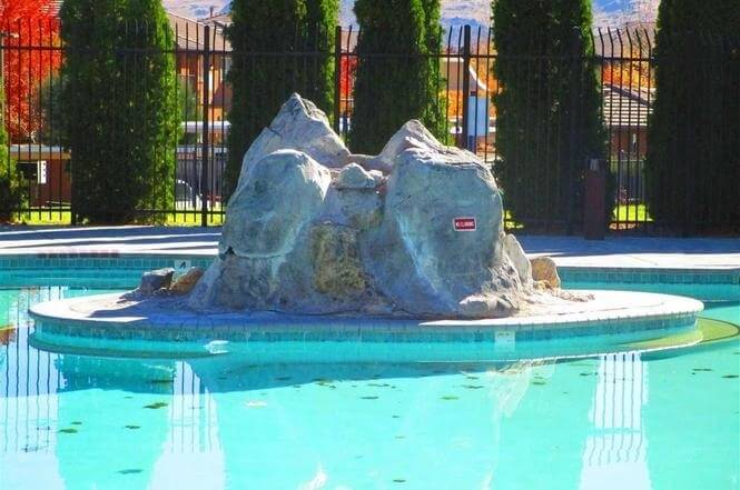 image 5 furnished 3 bedroom Townhouse for rent in RENO, Reno-Tahoe Territory