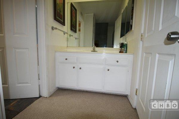 image 10 furnished 2 bedroom Townhouse for rent in Canoga Park, San Fernando Valley