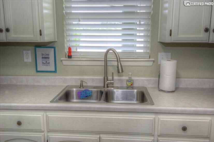 image 14 furnished 2 bedroom Townhouse for rent in Seguin, North Central TX