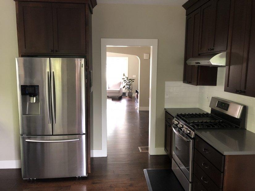 image 9 furnished 2 bedroom House for rent in Portland Northwest, Portland Area