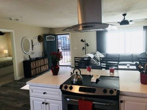 image 2 furnished 3 bedroom House for rent in Imperial Beach, Southern San Diego