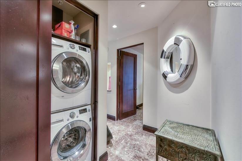 Full Size Stackable Washer / Dryer
