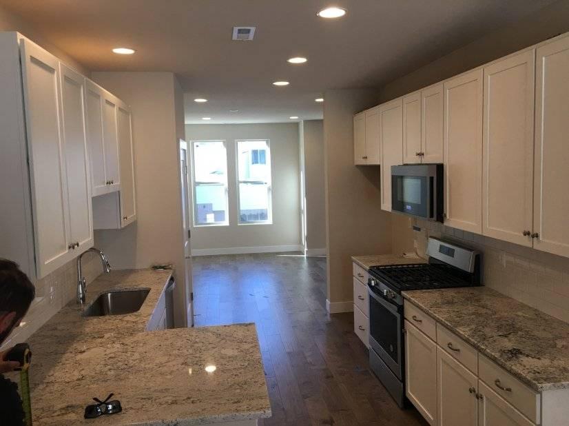 image 3 unfurnished 3 bedroom Townhouse for rent in Capitol Hill, Denver Central