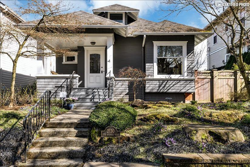 1905 Craftsman, with full update throughout.