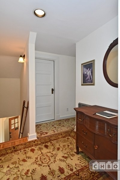 image 5 furnished 1 bedroom Townhouse for rent in Fremont, Seattle Area