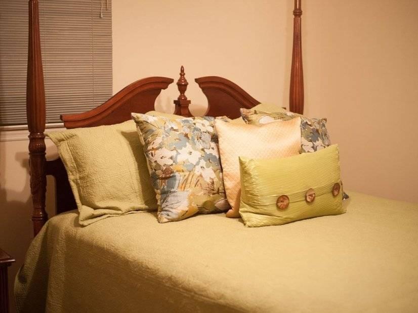 Another Jack & Jill bedroom