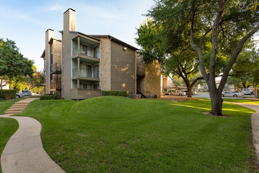 image 13 furnished 2 bedroom Apartment for rent in Addison, Dallas County