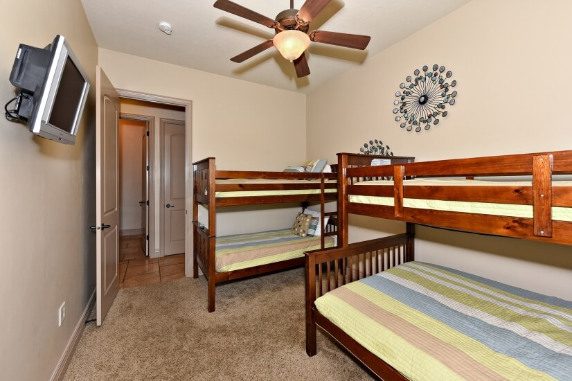image 10 furnished 3 bedroom Townhouse for rent in Hurricane, Washington (St. George)