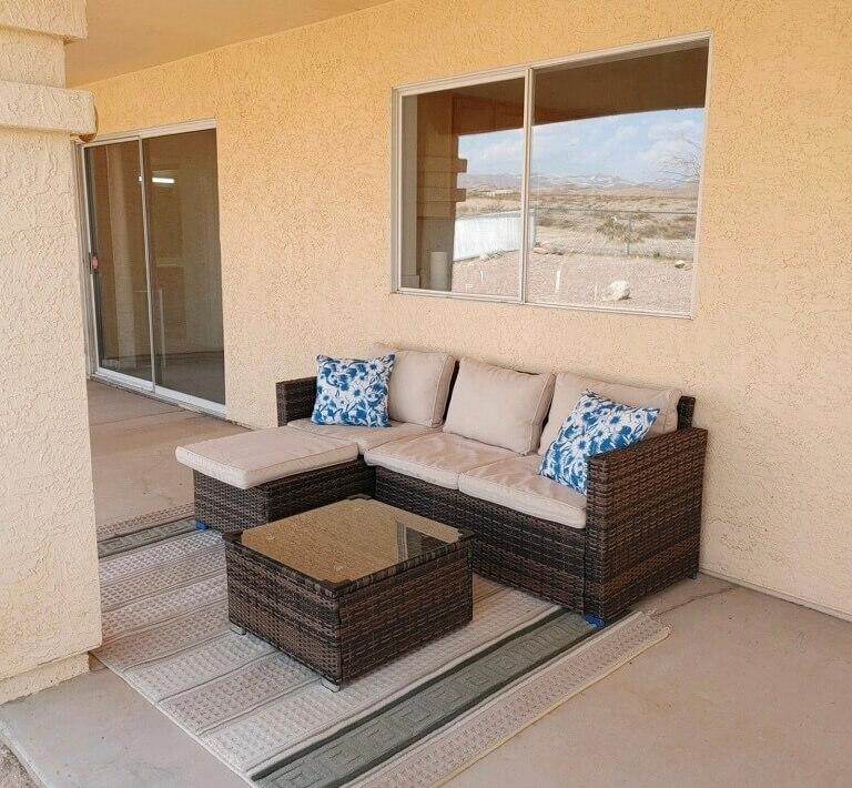 Patio sofa to enjoy sunsets & mountain views!