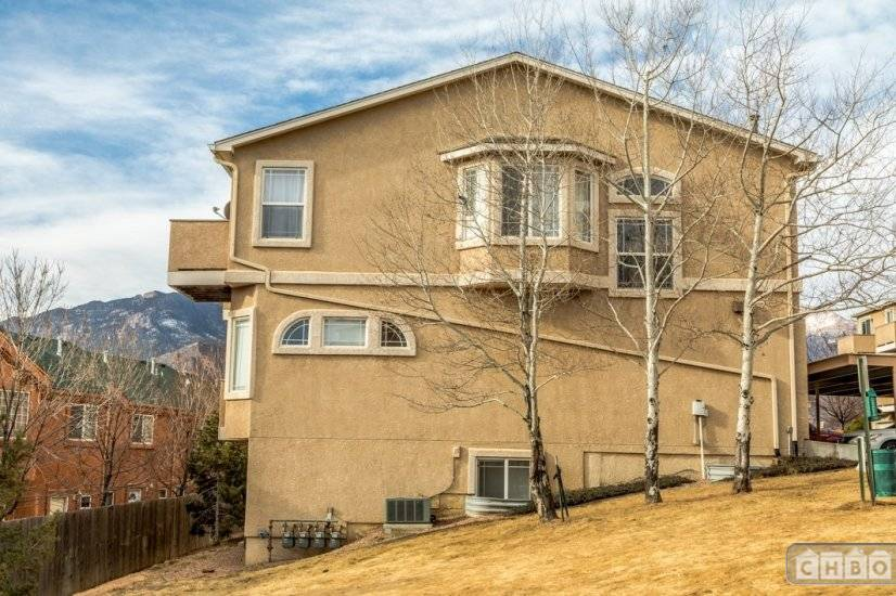 image 2 furnished 2 bedroom Townhouse for rent in Divine Redeemer, Colorado Springs
