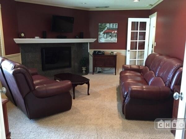 image 6 furnished 4 bedroom House for rent in Redlands, Southeast California