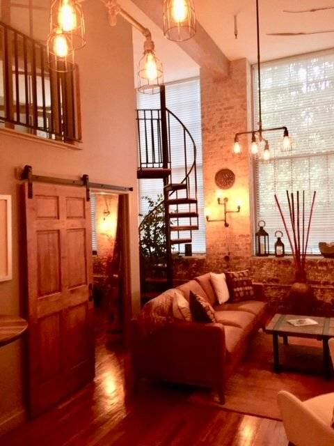 image 2 furnished 1 bedroom Townhouse for rent in Garden District, New Orleans Area