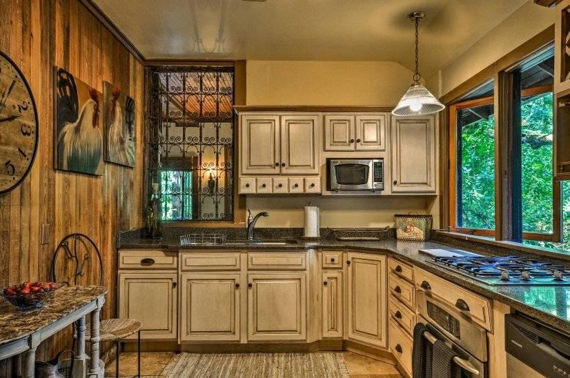 image 9 furnished 4 bedroom House for rent in Portland Southeast, Portland Area