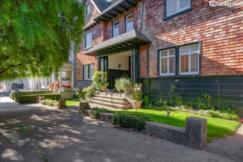 A great neighborhood with lots of community s