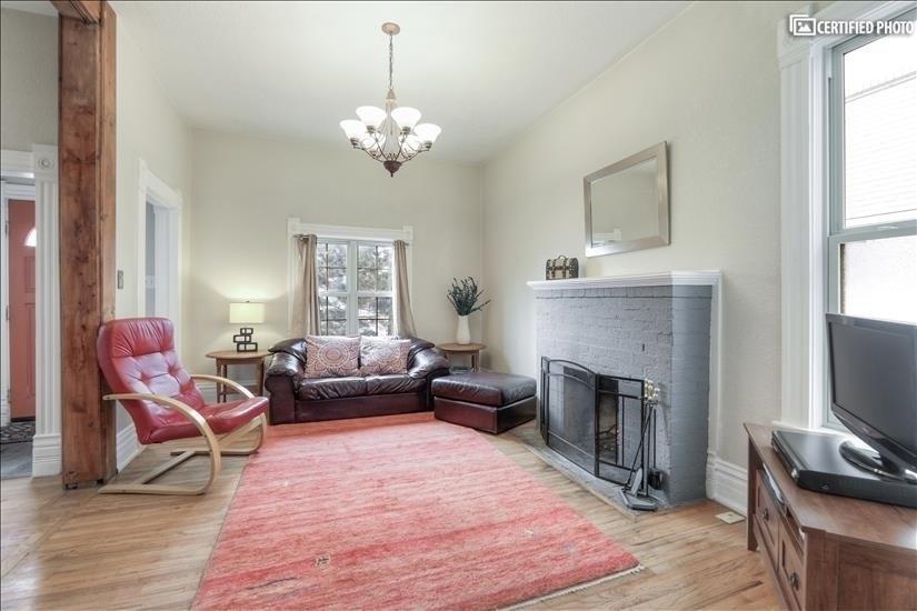 image 7 furnished 4 bedroom House for rent in Washington Park, Denver South